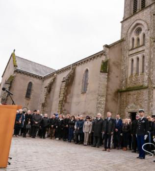 Cérémonie d'hommage au colonel Arnaud Beltrame à Trédion